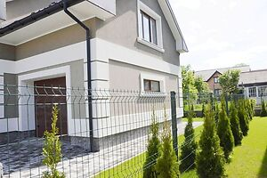 Продается дом на 2 этажа 182.8 кв. м с бассейном