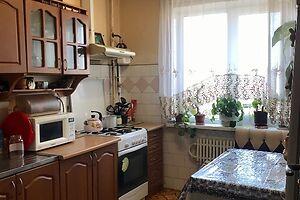 Продается 3-комнатная квартира 65 кв. м в Ивано-Франковске