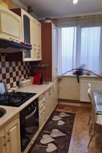Продается 2-комнатная квартира 54 кв. м в Ужгороде