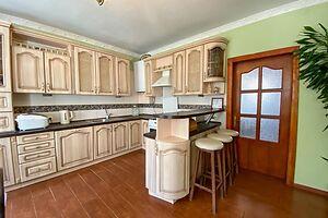 Продается одноэтажный дом 181 кв. м с бассейном