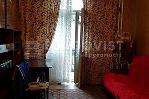 Продается 4-комнатная квартира 86 кв. м в Киеве