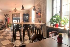 Здається в оренду кафе, бар, ресторан 50 кв. м в 2-поверховій будівлі