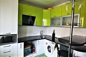 Продается 2-комнатная квартира 65 кв. м в Полтаве
