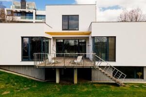 Продається будинок 2 поверховий 530 кв. м с басейном