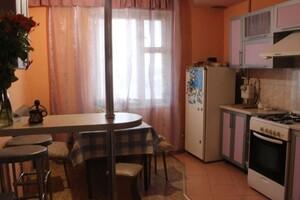 Продається 4-кімнатна квартира 85 кв. м у Херсоні
