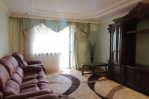 Продається 3-кімнатна квартира 96 кв. м у Тернополі