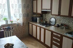 Продається 4-кімнатна квартира 83 кв. м у Херсоні