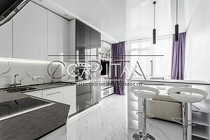 Сдается в аренду 1-комнатная квартира 49 кв. м в Киеве