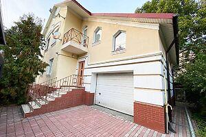 Продається будинок 2 поверховий 275 кв. м з каміном