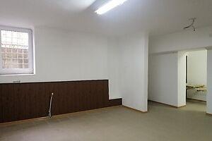 Сдается в аренду помещения свободного назначения 117 кв. м в 6-этажном здании