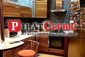 Продається 4-кімнатна квартира 97 кв. м у Полтаві