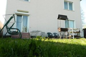 Продается дом на 2 этажа 240 кв. м с подвалом