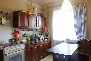 Продається 5-кімнатна квартира 96 кв. м у Тернополі