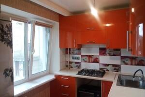 Продается 3-комнатная квартира 59 кв. м в Херсоне