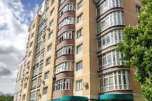 Продается 1-комнатная квартира 67 кв. м в Сумах