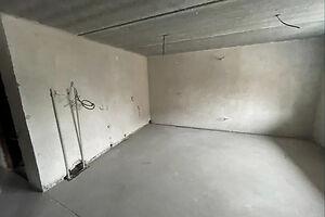 Продається об'єкт сфери послуг 60 кв. м в 10-поверховій будівлі