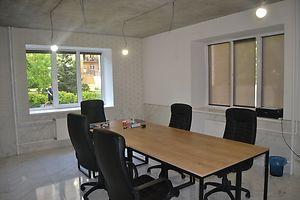Продается офис 64 кв. м в нежилом помещении в жилом доме