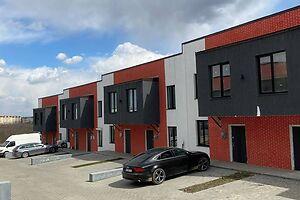 Продается 4-комнатная квартира 88 кв. м в Черновцах
