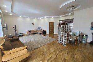 Сдается в аренду 3-комнатная квартира 120 кв. м в Николаеве