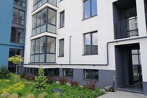 Продається 2-кімнатна квартира 61.7 кв. м у Рівному