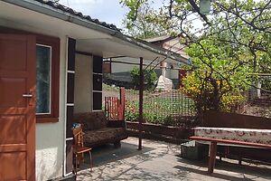 Продается одноэтажный дом 62 кв. м с беседкой