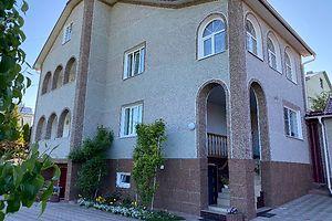 Продается дом на 2 этажа 386 кв. м с мансардой