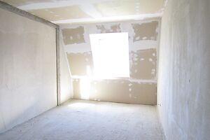 Продається 2-кімнатна квартира 54.4 кв. м у Ужгороді
