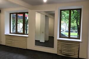 Сдается в аренду нежилое помещение в жилом доме 111 кв. м в 1-этажном здании