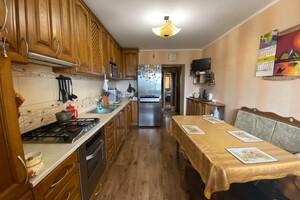 Продается 3-комнатная квартира 85.4 кв. м в Виннице