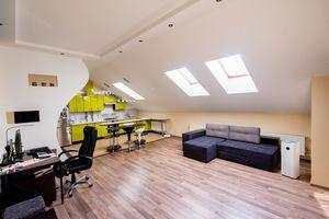 Продається 2-кімнатна квартира 90 кв. м у Херсоні