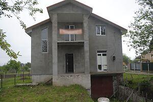 Продається будинок 2 поверховий 226 кв. м з гаражем