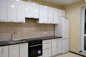 Продається 2-кімнатна квартира 53 кв. м у Чернівцях
