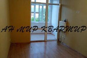 Продается 2-комнатная квартира 56 кв. м в Полтаве