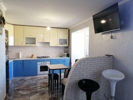 Продається 2-кімнатна квартира 73.8 кв. м у Тернополі