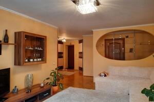 Продається 3-кімнатна квартира 88.9 кв. м у Тернополі