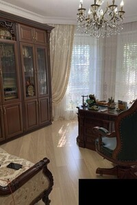 Продається будинок 2 поверховий 200 кв. м з ділянкою