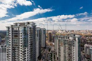 Продается 4-комнатная квартира 162 кв. м в Киеве