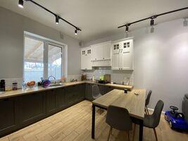 Продається будинок 2 поверховий 198 кв. м з садом