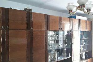 Продается 3-комнатная квартира 55 кв. м в Черновцах