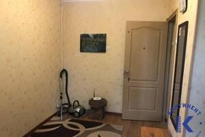 Продається 1-кімнатна квартира 22 кв. м у Херсоні