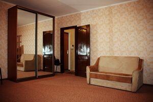 Сдается в аренду 1-комнатная квартира 40 кв. м в Днепре