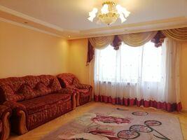 Продається 4-кімнатна квартира 93.3 кв. м у Тернополі