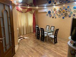 Продается 3-комнатная квартира 114.8 кв. м в Харькове