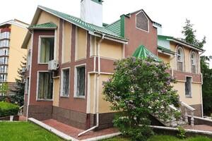 Продается дом на 2 этажа 380 кв. м с баней/сауной