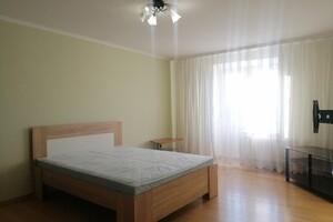 Здається в оренду 4-кімнатна квартира 116 кв. м у Тернополі