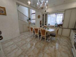 Продается дом на 2 этажа 135.3 кв. м с мансардой