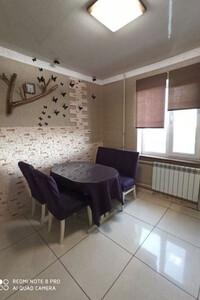 Продається 2-кімнатна квартира 70 кв. м у Херсоні