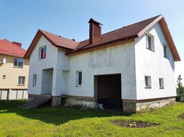 Продается дом на 2 этажа 344 кв. м с гаражом