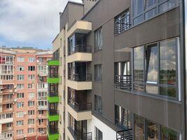 Продається 2-кімнатна квартира 70.3 кв. м у Тернополі