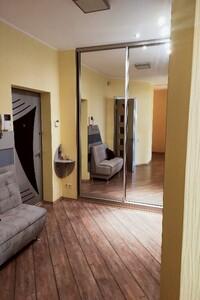 Продается 4-комнатная квартира 226 кв. м в Киеве